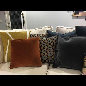 •West elm / pottery barn Pillows